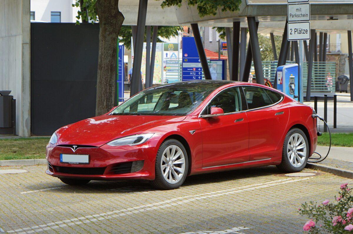 5 Elektroautos mit großer Reichweite 2020